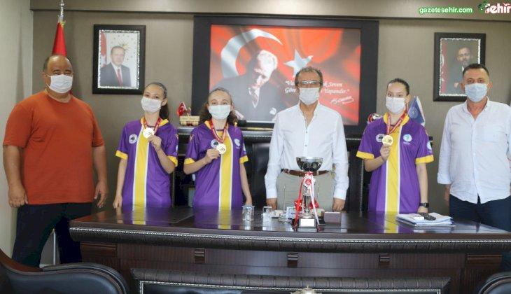 Denizli Üç ay boyunca evde çalışan karateciler Türkiye Şampiyonu oldu