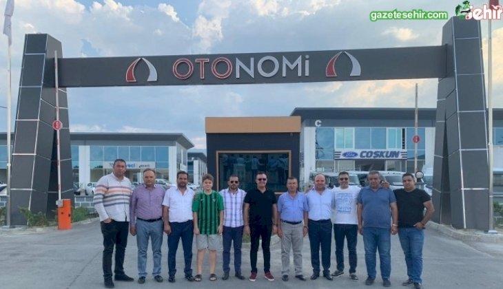 Yukatel Denizlispor'un bayrak reklam ve kupa satışları devam ediyor.