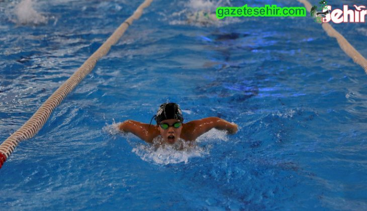 Büyükşehir Belediyespor Yüzme Takımı büyüyor