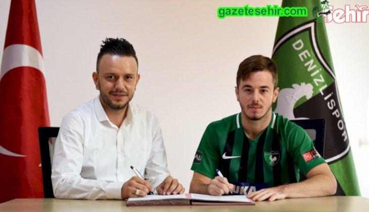 Kulübümüz, altyapı oyuncularından Mert Sarıkuş ile profesyonel sözleşme imzaladı.